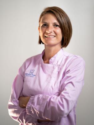 Nathalie Tonini - assistente alla poltrona - Studio Odontoiatrico Dott. De Luca Giancarlo - Milazzo
